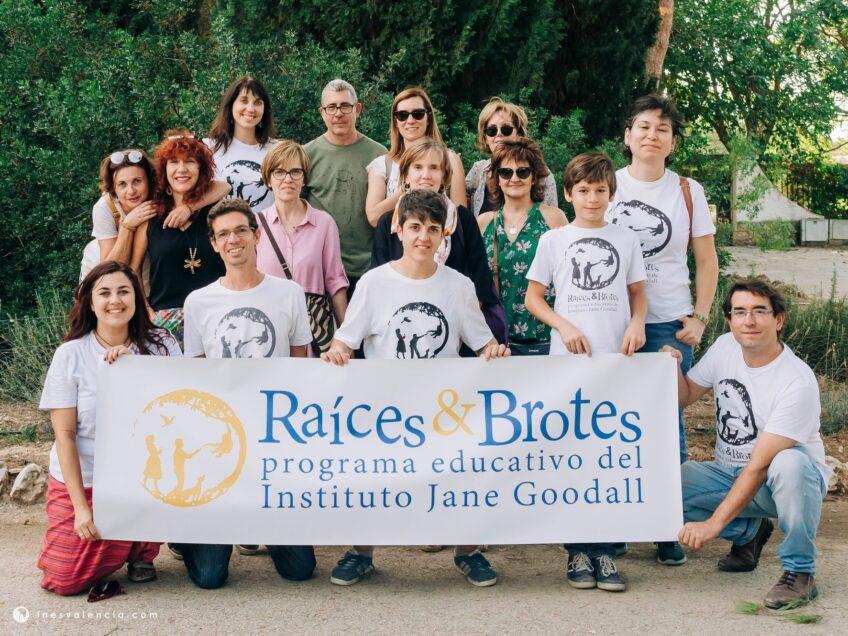 RAÍCES Y BROTES: EL PROGRAMA EDUCATIVO DEL INSTITUTO JANE GOODALL